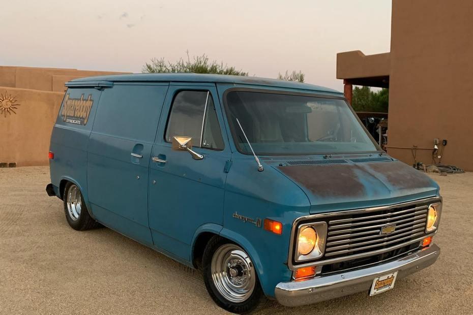 1972 Chevy Van with a 6.0 L LSx V8
